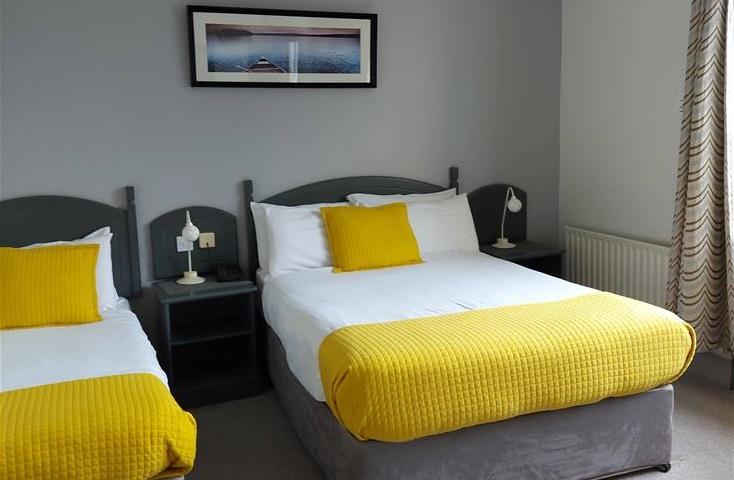 Ferryporthouse Room triple room